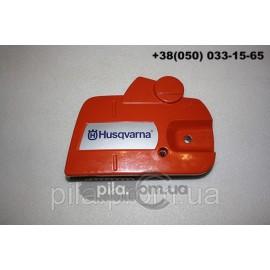 Крышка цепи с натяжкой для бензопил Husqvarna 135, 135e, 140, 140e