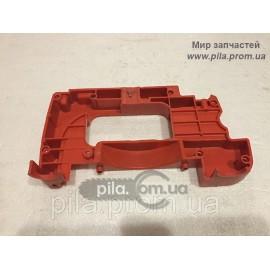 Нижняя крышка картера для бензопил Oleo-Mac 936, 940, 940C