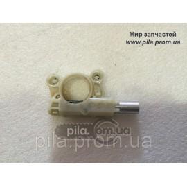 Маслонасос для бензопил Oleo-Mac GS 35C
