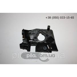 Держатель колена карбюратора для бензопил Oleo-Mac GS 35, GS 350, GS 35C